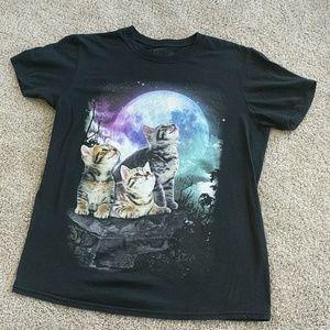 🥭 Black Cat Moon  T-Shirt